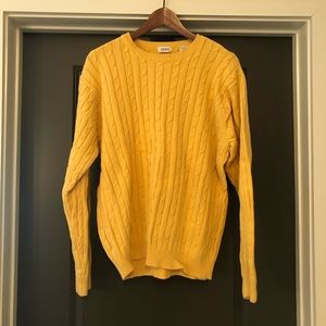 Izod Womens Sweater Size L Yellow